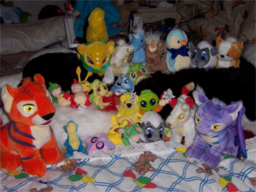 http://images.neopets.com/images/merch_collection_2.jpg
