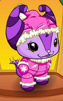 http://images.neopets.com/petpetpark/news/snowoutfit_01122010.jpg
