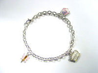 http://images.neopets.com/shopping/products/bracelet02_angelpuss.jpg