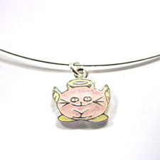 http://images.neopets.com/shopping/products/necklace02_angelpuss.jpg