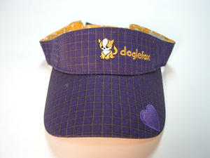 http://images.neopets.com/shopping/products/visor_doglefox.jpg