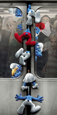 https://images.neopets.com/movie-central/2011/sony/smurfs/theater_poster_a.jpg